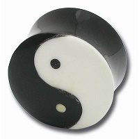 Nordik Piercing: Boutique en Ligne: Plug en corne et os Yin-yang