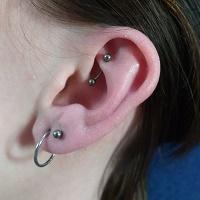 Nordik Piercing: piercing lobes, rook