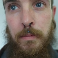 Nordik Piercing: Studio de piercing dans le 76: piercing septum, piercing medusa