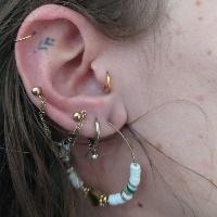Nordik Piercing: Studio de piercing dans le 76: piercing helix, lobes, tragus